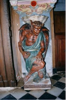 L'église de Rennes-le-Château cible de nouvelles dégradations - Page 2 Asmodee